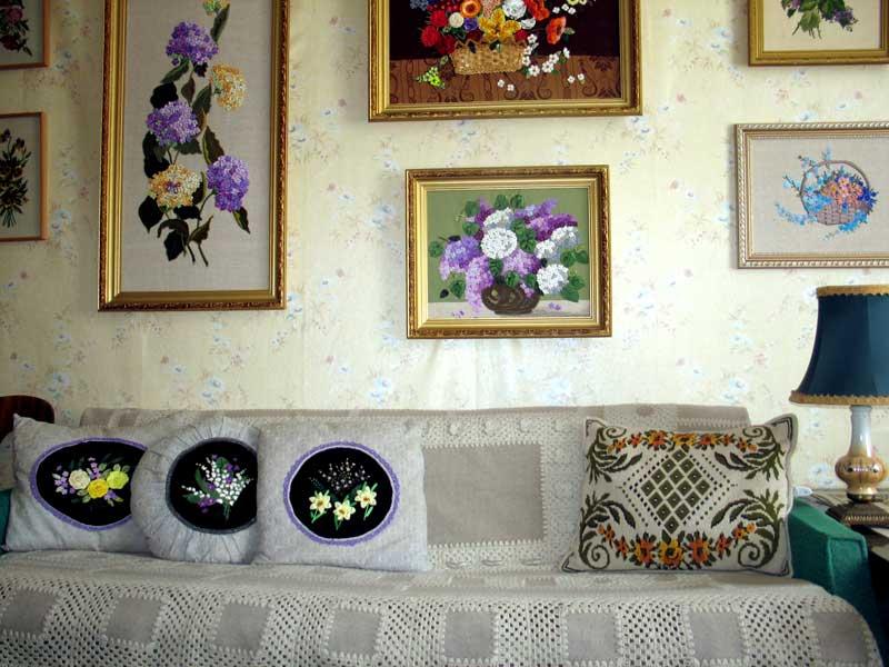 Фото интерьеров с вышивками 591